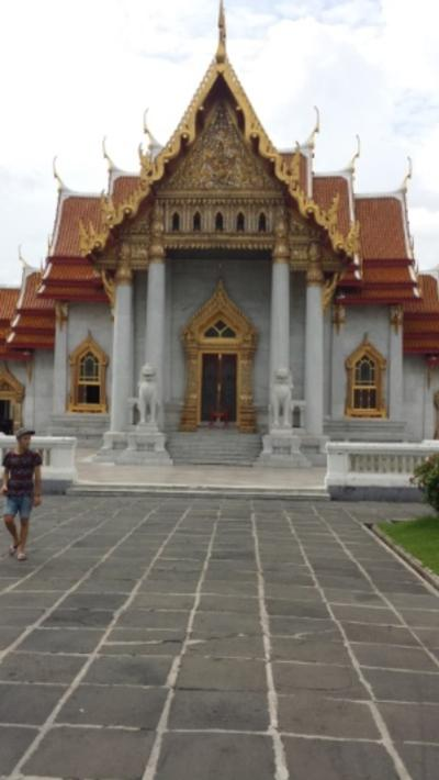 01_Temple_Front